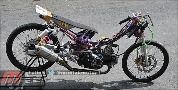 balap motor drag